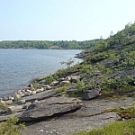 Hiking in Ontario along the rocky Georgian Bay coast at Killbear Park