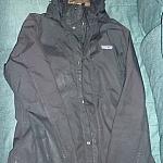 Breathable women's raincoat