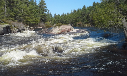 Rough waters at Five Finger Rapids in French River.