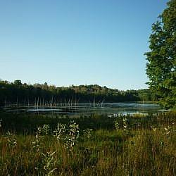 Views along the Slide Lake Loop at Frontenac Park.