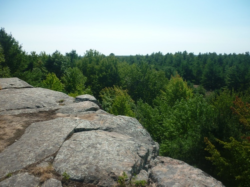 Scenery from the Mink Lake lookout point along the Slide Lake Loop at Frontenac Park.